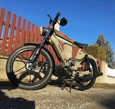 Puch Moped, Moped Motorcycle, Mini Chopper, Go Kart, Peugeot, Character Art, Autos, Mopeds, Vehicles