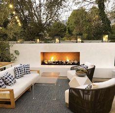 Modern Outdoor Fireplace, Outdoor Fireplace Designs, Backyard Fireplace, Contemporary Outdoor Fireplaces, Backyard Patio Designs, Modern Backyard, Outdoor Rooms, Outdoor Living, Outdoor Decor