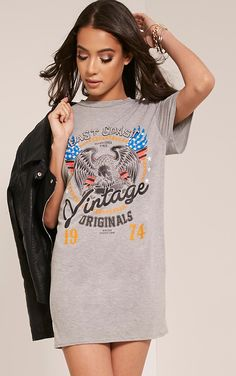 Vintage Slogan Print Grey T Shirt Dress Vintage East Coast Tee Featuring a relaxed t-shirt fit a...