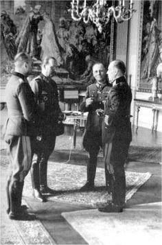 Blumentritt, Speidel, Rommel and von Rundstedt at the latter's HQ Roche Guyon Paris. Erwin Rommel, Field Marshal, Germany Ww2, The Third Reich, German Army, Luftwaffe, Historical Photos, World War Ii, Wwii