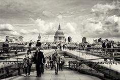 millennium bridge by Hegel Jorge