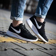NIKE WMNS TANJUN Nike Shorts 97974b45a1d