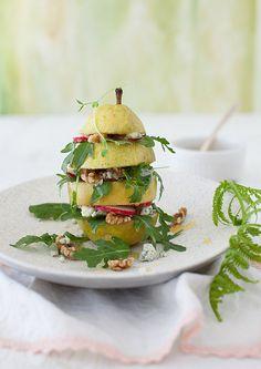 Pear Arugula Salad with Walnuts & Blue Cheese