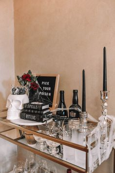 How to design the perfect Halloween bar cart with a few simple tips | Halloween bar cart decor, Halloween bar cart ideas #barcart #halloweendecor Halloween Crafts, Halloween Decorations, Bar Cart Decor, Cocktails, New York Style, Living In New York, To My Future Husband, Simple, Tips