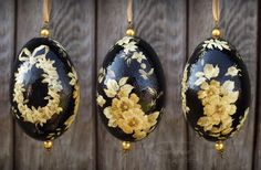 Black Easter egg with flowers - decoupage print-room