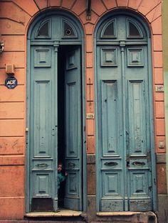 Puertas, Montevideo, Uruguay.