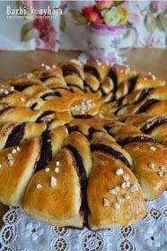 Barbi konyhája: Kakaós napraforgó Winter Food, Doughnut, Bread, Baking, Projects, Christmas, Blog, Bread Making, Yule