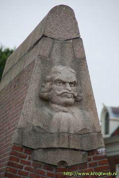 Tjerk Hiddes monument, Grote Bredeplaats Harlingen