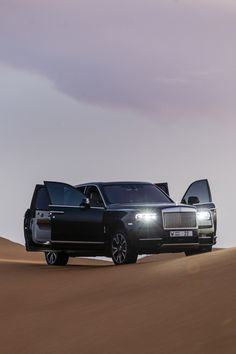 Suv Cars, Sport Cars, Jordan Country, Rolls Royce Cullinan, Rolls Royce Motor Cars, Dubai Cars, V12 Engine, Winter Tyres, Range Rover Evoque