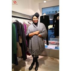 The talented designer @yolanderjames whose designs were on the runway at SØE shop here in Hamburg #oriwodesign #hamburg #yolanderjames #fashionevent #fashionshow #fashiondesigner #fashiondesign #headwrap #chunkyscarf #handmade #slowfashion #handmadescarf #womensupportingwomen
