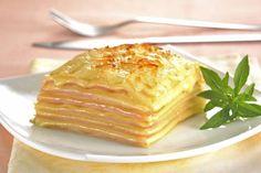 Aprende a preparar una deliciosa receta de Lasaña de Jamón y Queso. Todos los pasos para obtener un resultado riquísimo que gustará a todos.