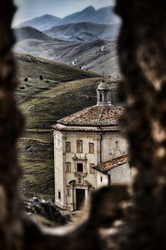 Rocca Calascio, Abruzzo, Italy by Gianfranco Fortuna.