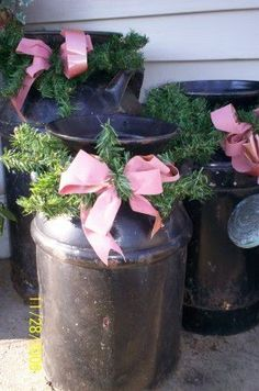 How to Decorate the Milk Cans for Christmas