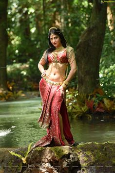 Sexy Saree and Navel Show - Most viewed pictorial on MB!! - Page 4949