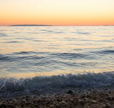 smooth sunset #croatia #novalja #travelling #sunset #smooth #water #wave #horizon #pag