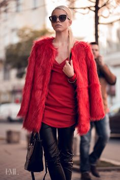 all that fashion look All Black, Blond, Diva, Fur Coat, Autumn Fashion, Fashion Looks, Street Style, Photo And Video, Chic