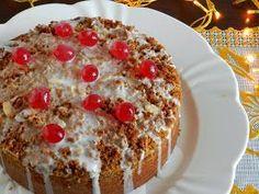 """Esta receita é a prova viva daquela expressão """"a cereja do bolo"""". Na verdade este bolo é simples de tudo. Alguns pequenos det..."""