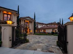 Dream Home 2374 Earls Court Los Angeles CA Luxury Real Estate in Beverly Hills - Bel Air - Hollywood Homes For Sale