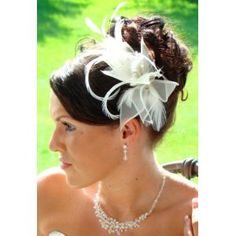Chic White Fascinator