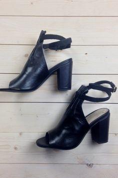seychelles vibrant wrap ankle heel