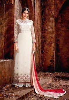 🥰🤑👙👓✍️🧥😵👢👔👊👠 Pakistani Dresses Online, Pakistani Suits, Indian Dresses, Indian Outfits, Palazzo Dress, Palazzo Suit, Mode Bollywood, Bollywood Fashion, Lehenga Choli