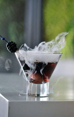 9 Cool Halloween Cocktails & Drinks That Spooked My Liver