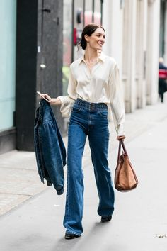 Say goodbye to skinny jeans because that trend is over. From mom jeans to 7/8 flares, along with reconstructed vintage designs, these are the 10 new styles you need for the new season.