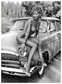 vintage nude woman pictures with cars