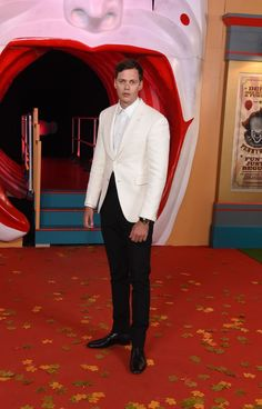 See the world's most stylish men and how they got it right over the past seven days. Gorgeous Men, Beautiful People, It The Clown Movie, Most Stylish Men, Min Yoonji, Bill Skarsgard, Best Dressed Man, Celebs, Celebrities