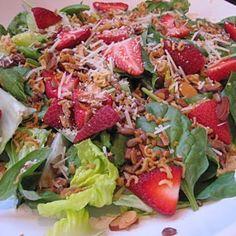Trisha Yearwood's Strawberry Salad  Looks yummy!