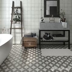 Juan B. Ideas Baños, Ideas Para, Patchwork Tiles, Barbacoa, Clawfoot Bathtub, Double Vanity, Flooring, Black, Home Decor