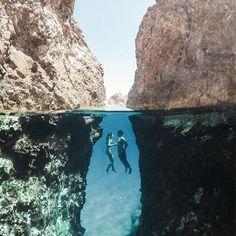 IOS island (Στο νησί της Ίου των Κυκλάδων), CYCLADES islands group - GREECE by @kyle_hunter⠀⠀