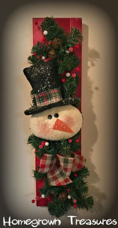 Primitive Snowman with Top Hat, Pine Garland on Shutter Door Hanger! Christmas Craft Fair, Christmas Swags, Primitive Christmas, Outdoor Christmas, Christmas Snowman, Christmas Projects, Christmas Decorations, Christmas Ornaments, Burlap Christmas