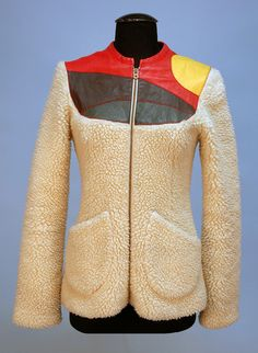 06/04/2015 Stephen Burrows coat, fluffy, two pocket, zipper and open front, princess seam. Beautiful.