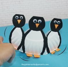 There are not many things cuter than an adorable waddling penguin, except for maybe three adorable waddling penguins. These penguins look like they are waddling in this easy rocking paper plate penguin craft. What you…Continue Reading…