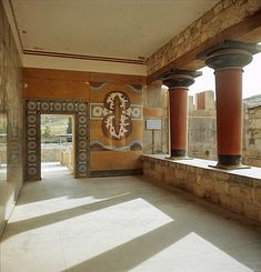 Greece, Crete, Knossos, Palace of Minos, Verandah of the Royal Guard Greek History, Ancient History, European History, American History, Creta, Ancient Rome, Ancient Greece, Ancient Aliens, Ancient Architecture