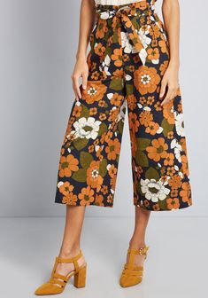 Nostalgia on Lock Linen Culottes in 16 (AU) - Wide Pant Crop by Princess Highway from ModCloth Princess Highway, Wide Pants, Modcloth, Vintage Fashion, Classy Fashion, Boho Fashion, Vintage Style, Dress To Impress, Vintage Inspired