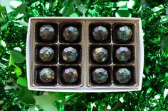 Truffle Boxes, Cake Truffles, Gold Cake, Day, Recipes, Truffles