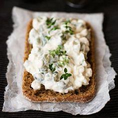 Mausteinen raejuustolevite | Maku Savory Pastry, Good Food, Yummy Food, Bread Toast, Cookery Books, Savory Snacks, Bite Size, Food Inspiration, Food And Drink