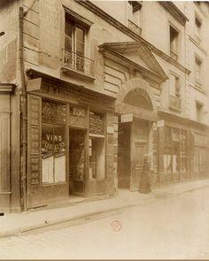 L'Hôtel de Turgot (prévôt de Paris) au n° 14 de la rue Portefoin, vers 1901-1902. Une photo d'Eugène Atget (Paris 3ème)