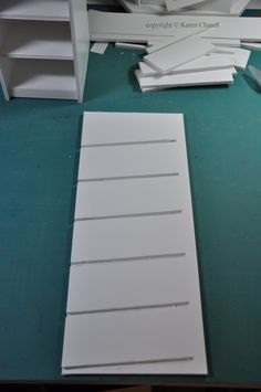 Need to make this copic storage unit for my daughter who is just staring out with copics!  Love that it has a pattern and instructions! Syzygy of Me: Foam Board Copic Storage