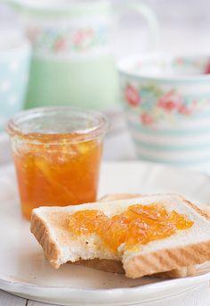 receta-de-mermelada-de-naranja-y-romero-3 by Uno de dos  http://www.unodedos.com/recetario-de-cocina/receta-de-mermelada-de-naranja-al-romero/