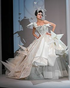 10 robes de mariées de rêve : Robe plissée de Christian Dior