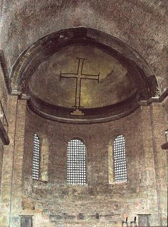 A simple Cross is an example of Iconoclast art from the Century.(Interior of Hagia Irene,church in Constantinople,present Istanbul). Hagia Irene, Image Du Christ, Istanbul, Ancient Greek City, Empire, Christian Artwork, Classical Antiquity, Early Christian, Christian Church
