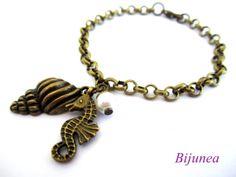 Seahorse bracelet  Shell bracelet  Ocean seahorse by Bijunea, $14.90
