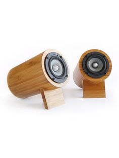 Wooden speakers?! LOVE