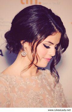 Selena Gomez curly updo
