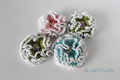 Crochet Flower Brooch (for shawl, scarf, bag, gift, accessories) by LaLehCrochet on Etsy