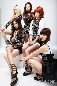 O grupo debutou em 7 de março de 2013, com o single ''Bad Girl'' pela empresa Polaris Entertainment.