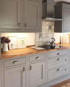 Whereas traditional Shaker kitchens featured timber knobs, it's easy to introduc. Whereas traditional Shaker kitchens featured timber knobs, it's easy to introduce satin nickel, vintage br Home Decor Kitchen, Rustic Kitchen, Kitchen Interior, Kitchen Small, Kitchen Furniture, Stylish Kitchen, Cheap Kitchen, House Kitchen Design, Galley Kitchen Design